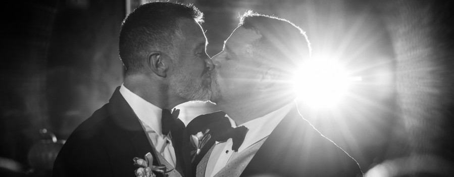 Same-sex couple wins a free wedding!
